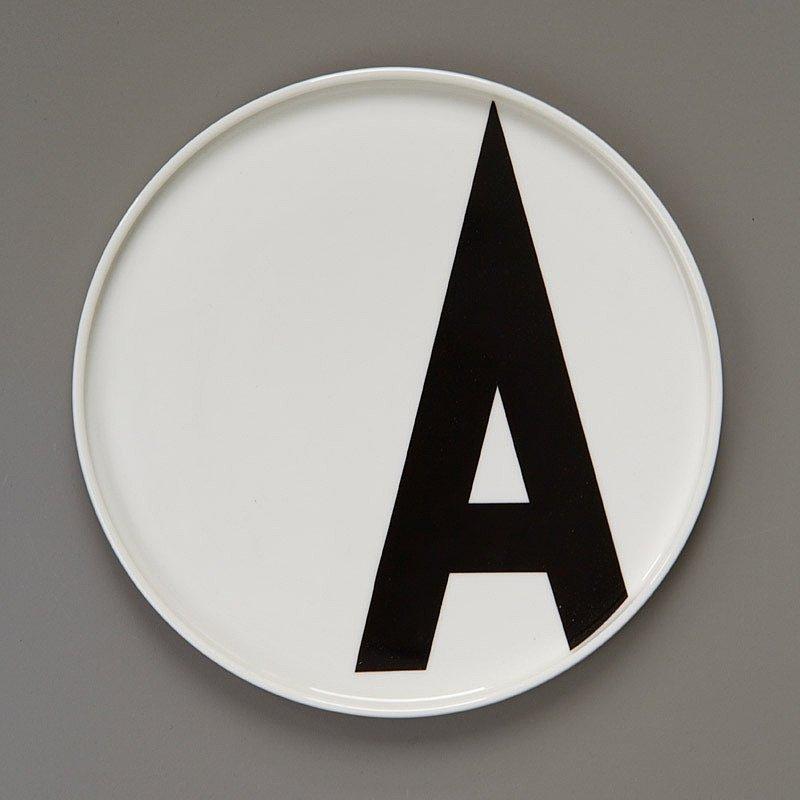Porcelain Plates AJ