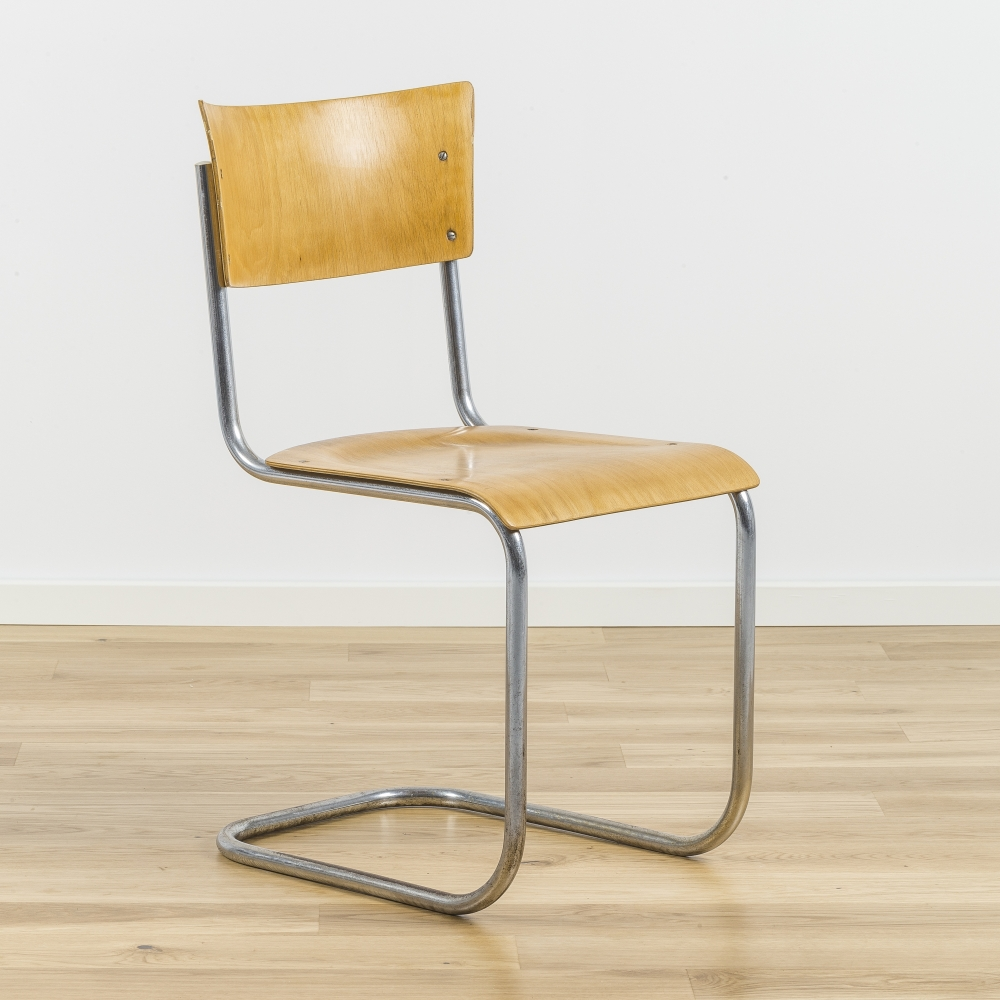 S 43 Cantilever Chair