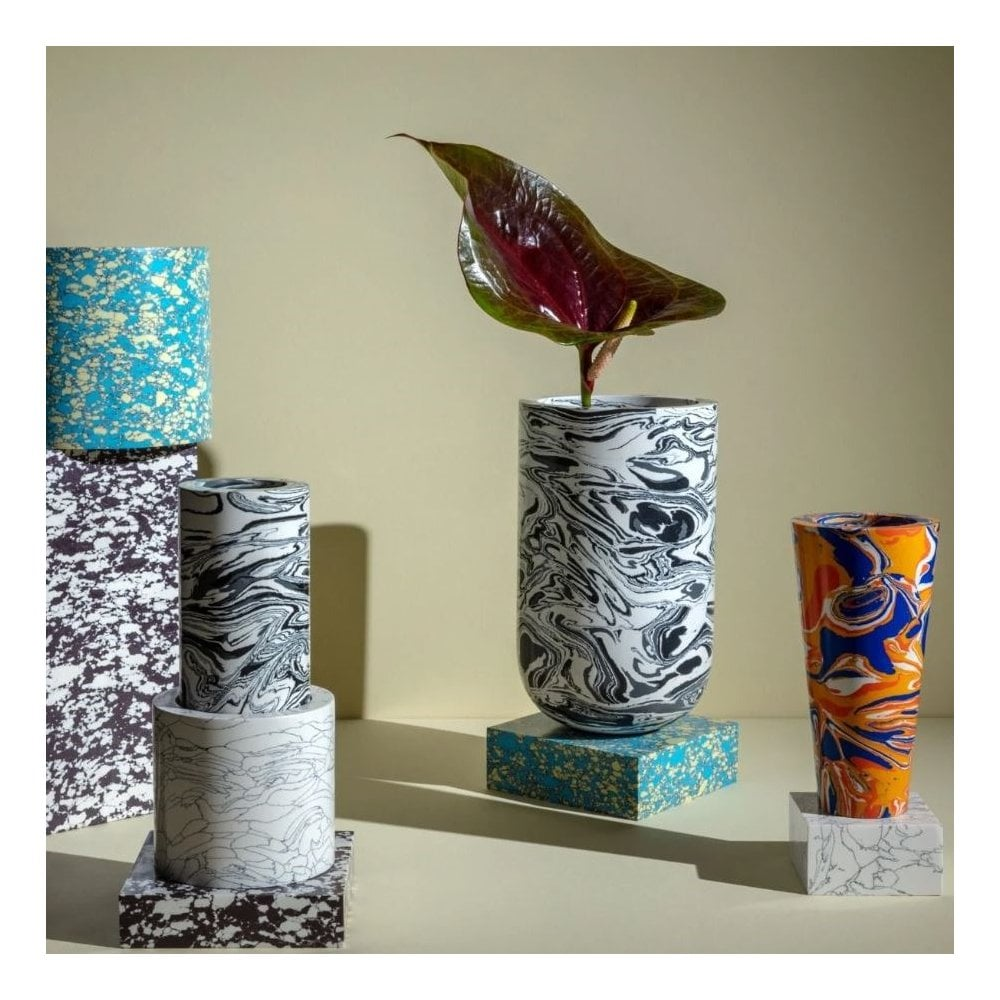Swirl vase collection